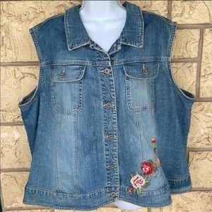 Denim Floral and Jacket embroidered Size 26 / 28